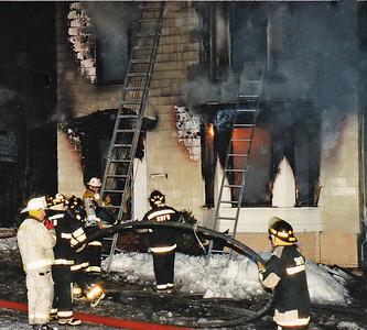 Amesbury, Ma 12/15/1995 - 22 Arlington St