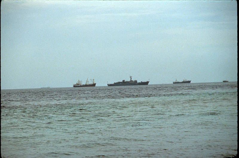 ships arriving to fend off attempted takeover of Maldives by Tamil Tigers