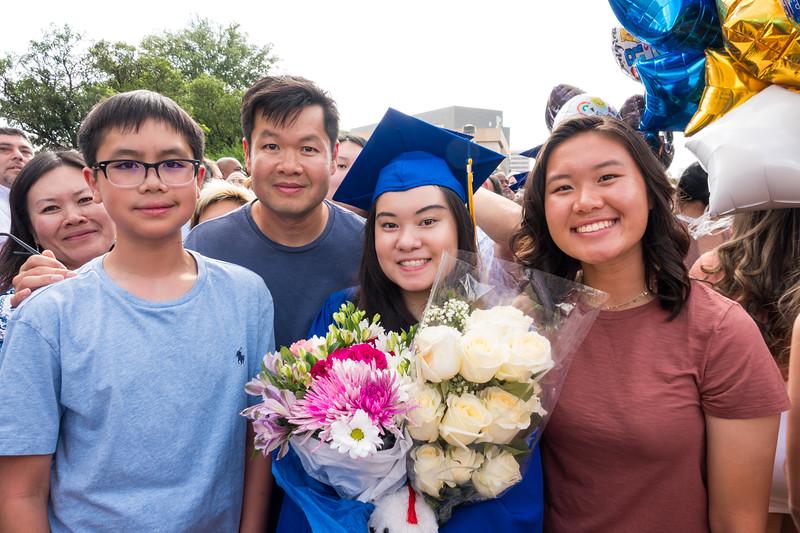 20190601_april-hs-graduation_016.JPG