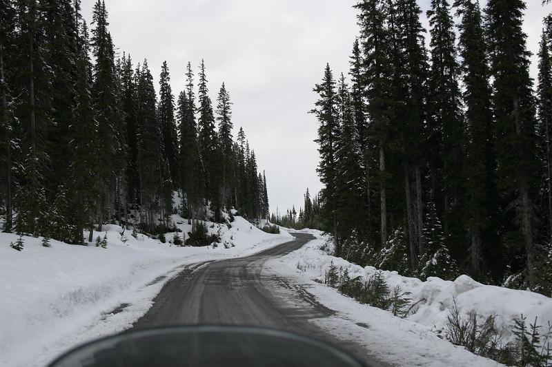 Snowroad3.jpg