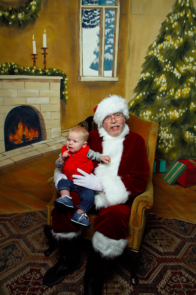 Pictures with Santa Earthbound 12.2.2017-111.jpg