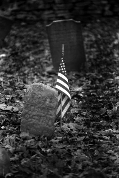 Cemetery_gravestone_01.jpg