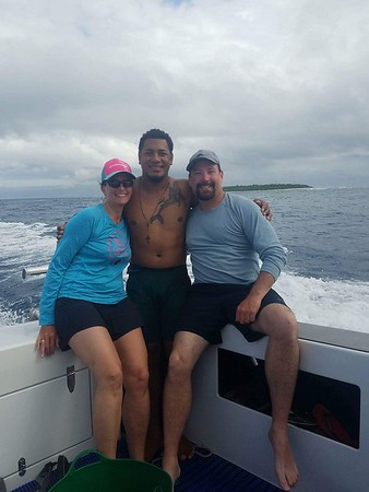 Eric's Photos of Swim w/ Humpbacks in Tonga