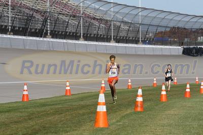 3 Mile Mark D1 BOYS - 2016 MHSAA LP XC FINALS