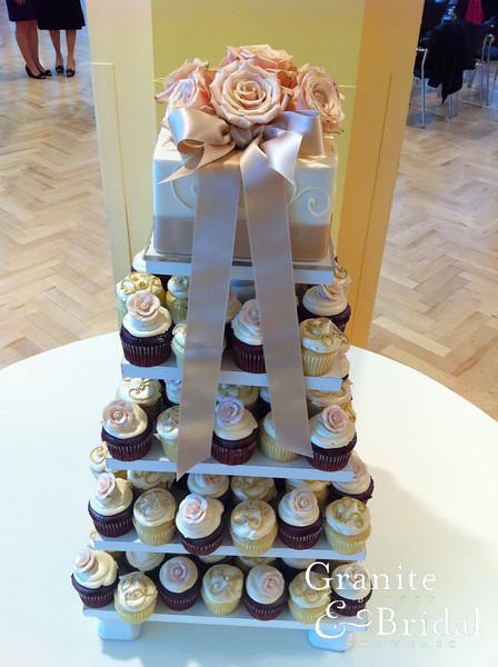 cupcake tower2.JPG
