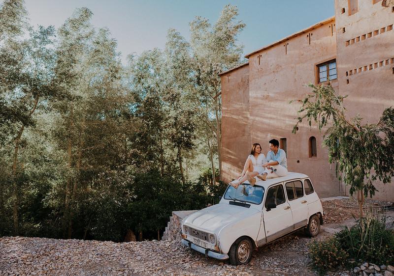 Tu-Nguyen-Destination-Wedding-Photographer-Morocco-Videographer-Sahara-Elopement-189a.jpg