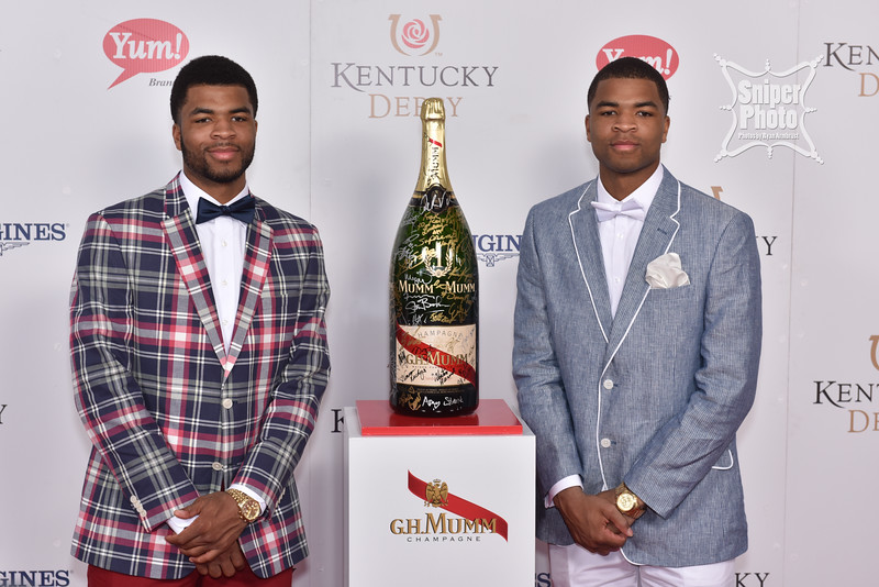 2015 Kentucky Derby Red Carpet - GH Mumm - Louisville Photographer-35.jpg