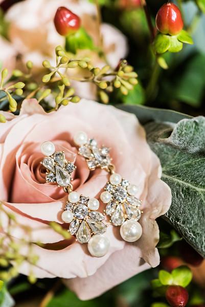 Janesk_Chandler_Oaks_Barn_Wedding-18.jpg