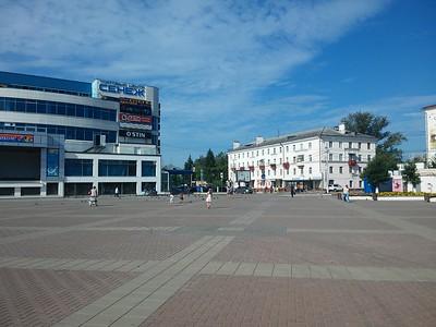 2016-08-19, Children went to cinema in Solnechnogorsk
