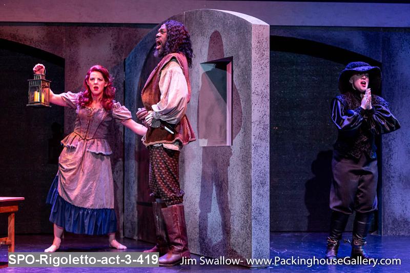 SPO-Rigoletto-act-3-419.jpg