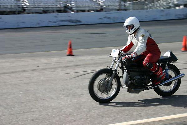 Vintage Racing at NHIS 5-22-2005