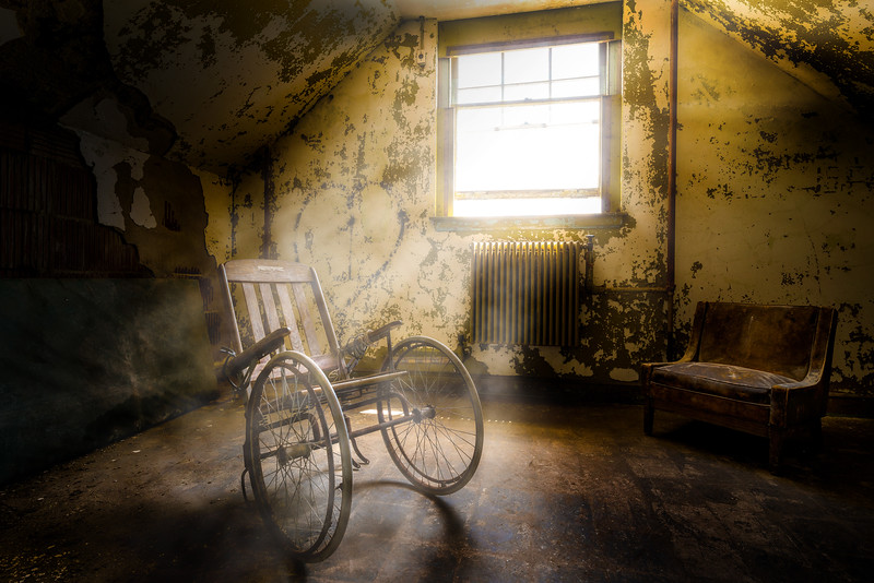 Pennhurst Wooden Wheel Chair.jpg