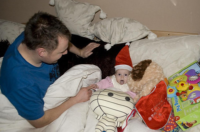 25.12.2010 Ollys first Christmas