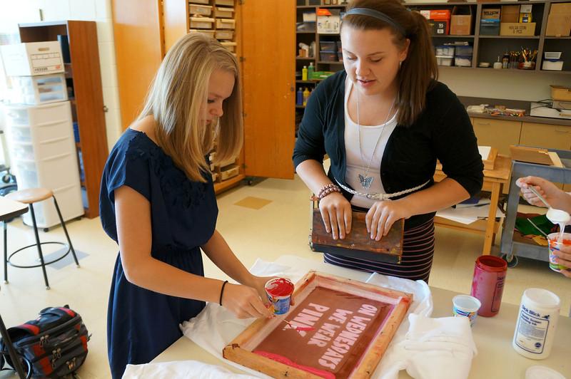 Lutheran-West-Art-Class-Silk-Screen-T-Shirts--September-2012--30.JPG