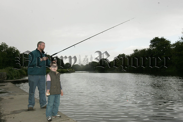 07W32N17 (W) Fishing.jpg