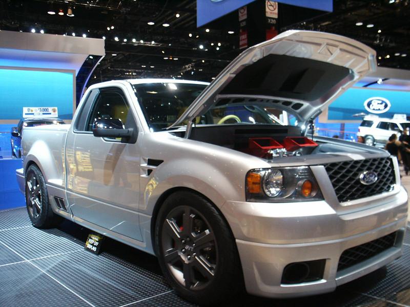 2003 Ford SVT Lightning Concept