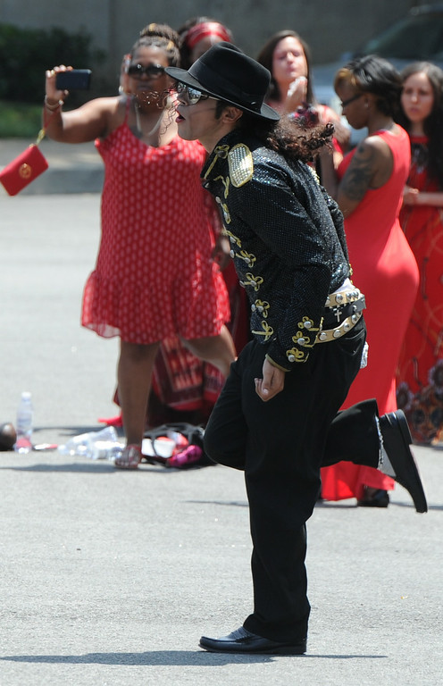 . Santana Jackson dances. Michael Jackson impersonators, and fans gathered at the Great Mausoleum at Forest Lawn Memorial Park in Glendale to honor Jackson on the 5th anniversary of his death.  Glendale, CA. 6/25/2014 (Photo by John McCoy Daily News)