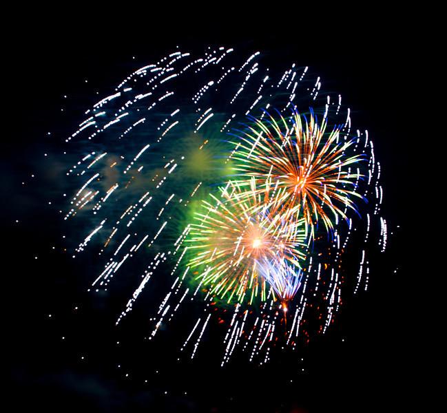 fireworks_125.jpg