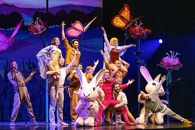 """2019-07-13 """"Seul ensemble"""" - Cirque Éloize - Le Capitole - Québec"""