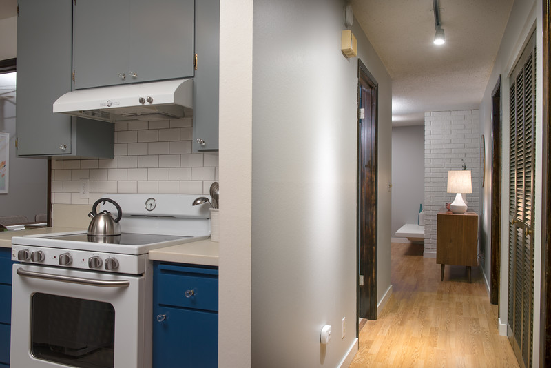 Updated 2 Bedroom Condo in Seattle's Lower Queen Anne - Listed in January 2018 by NiceSeattleHomes.com