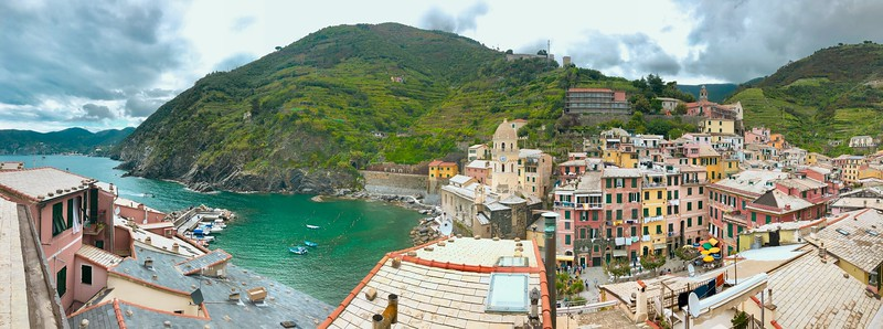 The panoramic view from our AirBnb's terrace!!! - Vernazza, Italy