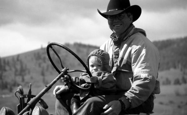 1995-e-John & Hayden on tractor 3.jpg