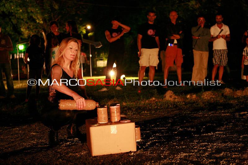 0126-ZooArt-03-2012.jpg