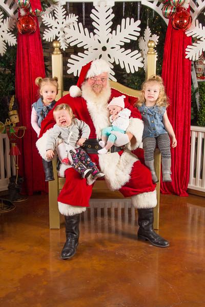 Santa 12-16-17-427.jpg