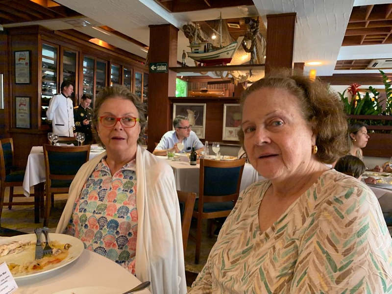 sisters at Ruffino's Restaurant