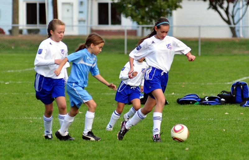 plainville u-11 girls soccer 10-17-10-062.jpg