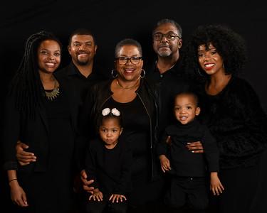 Elle Family Pics Proofs - Jan 2019