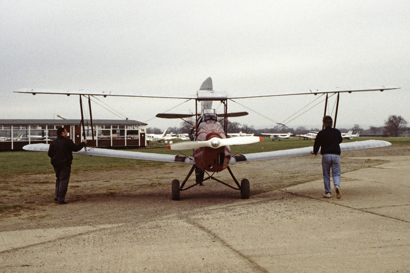 G-ASKP-DH-82ATigerMoth-Private-EGKH-1998-02-19-EI-26-KBVPCollection.jpg