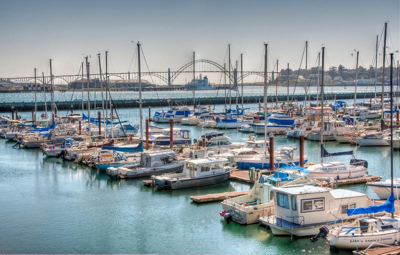 newport-oregon-boat-harbor.jpg