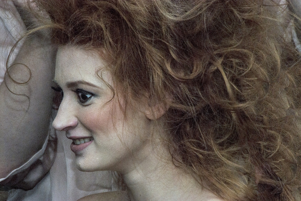 DSC_0067 ThruNef Woman and Hair MillPrkMdl PS-001.jpg