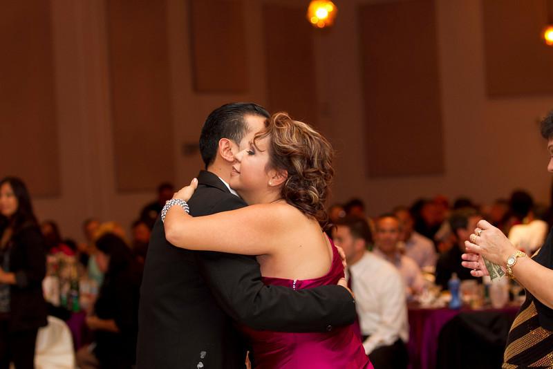 2011-11-11-Servante-Wedding-512.JPG