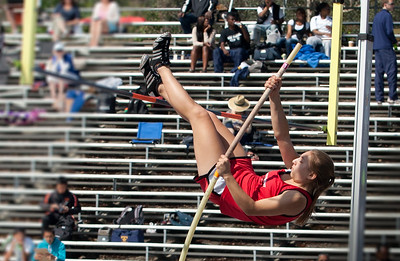 Pole Vault, Boys and Girls Prelims