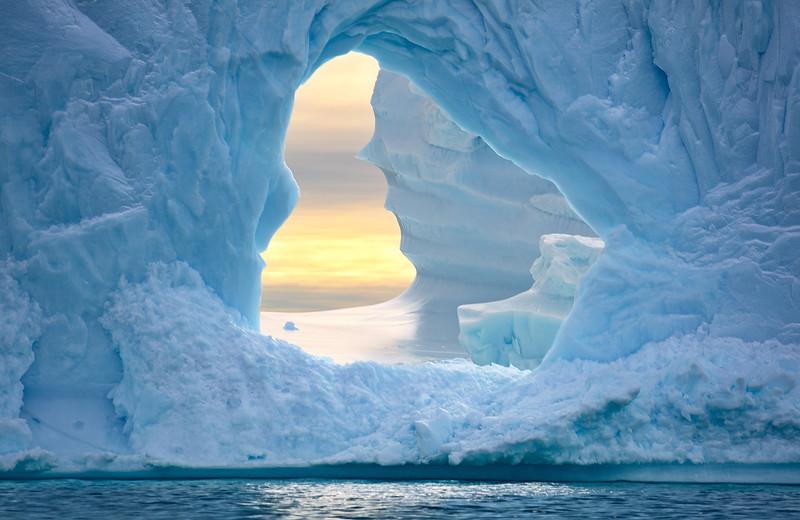 Greg Stringham.Iceberg with a view.jpg