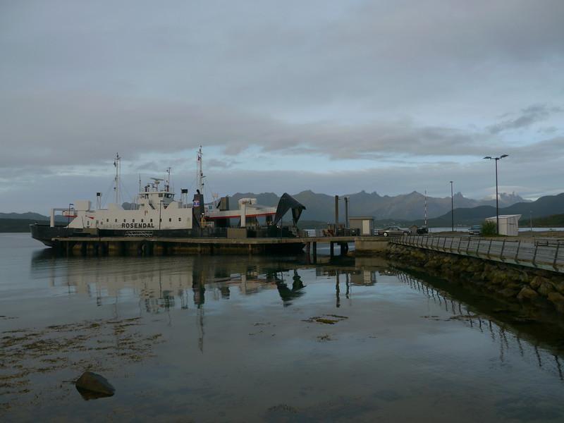 auf der Küstenstrasse von Mo I Rana nach Bodø / @RobAng 2012 / Agskaret, Ågskardet, Nordland, NOR, Norwegen, 1 m ü/M, 06.09.2012 18:24:39