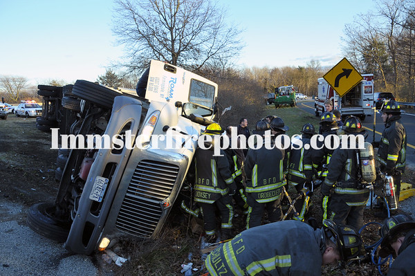 BFD O/T TRACTOR TRAILER ...WFD SWEAT NY FIRE 12-28-11