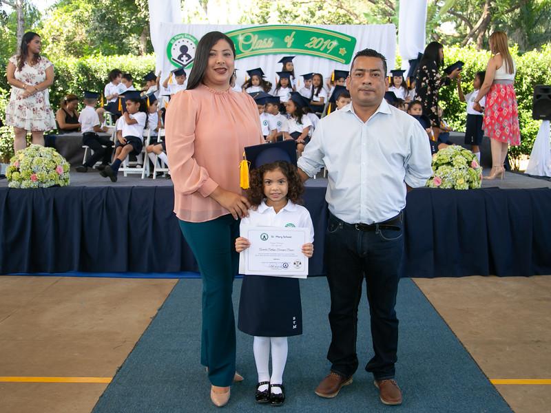2019.11.21 - Graduación Colegio St.Mary (1195).jpg