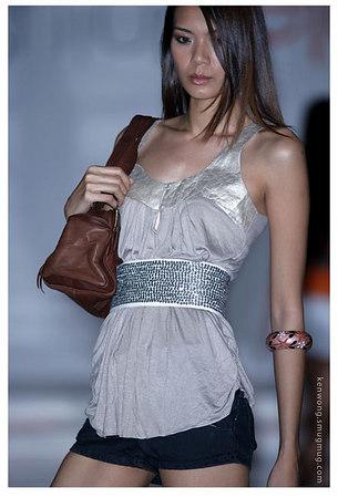 Fashion show @1 U 2006