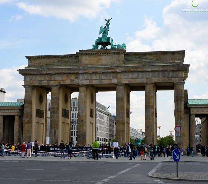 Brandenburg Gate_.jpg