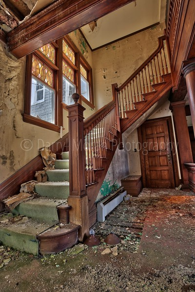 Abandoned Mansion- Inn NY (34).jpg