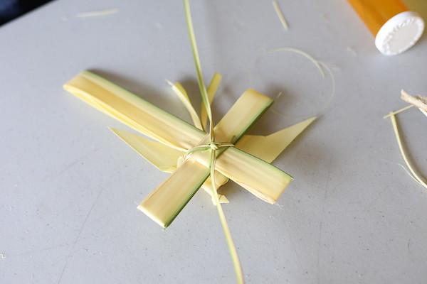 Palm Weaving by Ken Mazur
