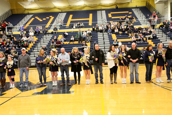 18-19 MHS Winter Cheerleaders-Senior Night