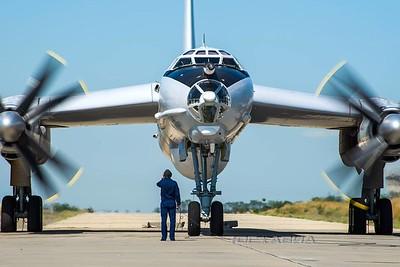 TU-95 BEAR, BigAsss Russian propel bomber, so LOUD....!!!!!!!!!!