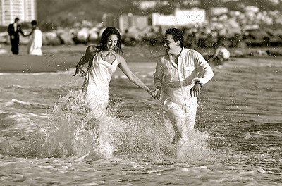 Wedding Photography in Puerto Vallarta By International Award Winning Photographer Andres Barria Davison