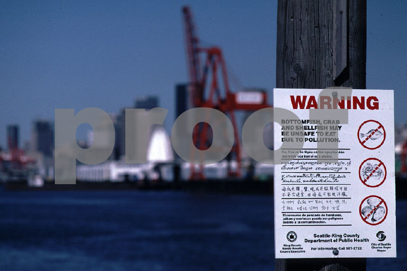"""""""Bottomfish, crab and shellfish maybe unsafe to eat due to pollution"""", Duwamish River, Port of Seattle, WA."""