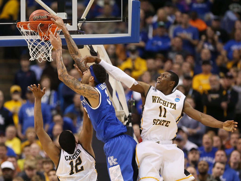 """. <p>2. WICHITA STATE SHOCKERS <p>Unbeaten but untested, their early tourney exit really isn�t a ... shocker. (unranked) <p><b><a href=\'http://deadspin.com/wichita-state-finally-loses-kentucky-advances-to-sweet-1549973453\' target=\""""_blank\""""> HUH?</a></b> <p>    (AP Photo/ St. Louis Post-Dispatch, Chris Lee)"""