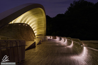 The Shell - Detail of the Henderson Wave